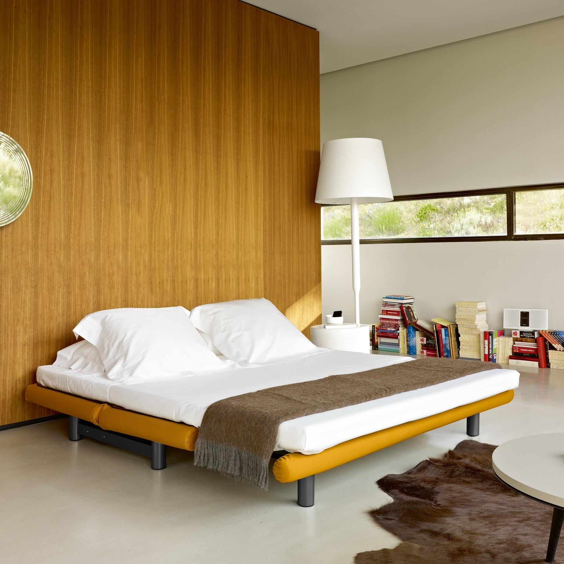 ligne roset multy dimensions crafts. Black Bedroom Furniture Sets. Home Design Ideas