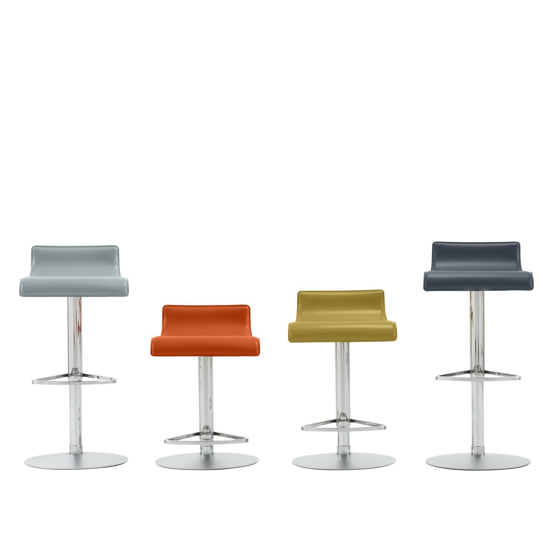 pam chairs designer claudio dondoli marco pocci ligne roset. Black Bedroom Furniture Sets. Home Design Ideas