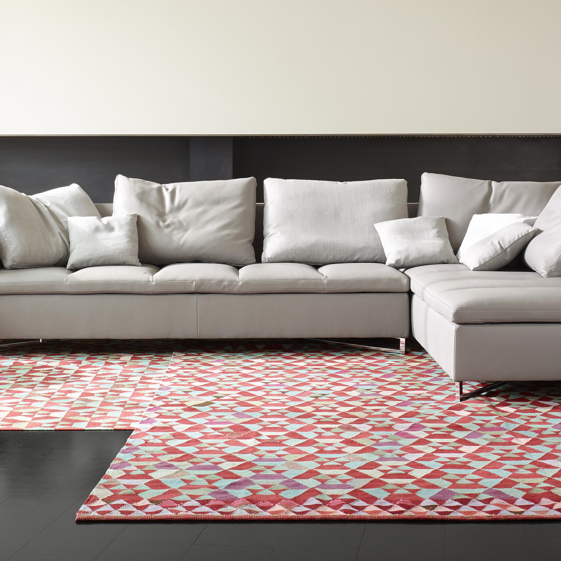 hex hex tapis designer bertjan pot ligne roset. Black Bedroom Furniture Sets. Home Design Ideas