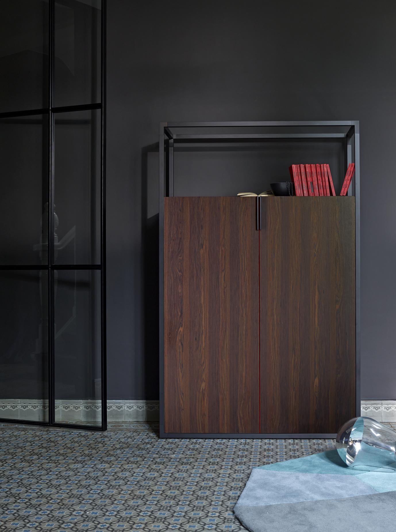dedicato free standing units designer didier gomez. Black Bedroom Furniture Sets. Home Design Ideas