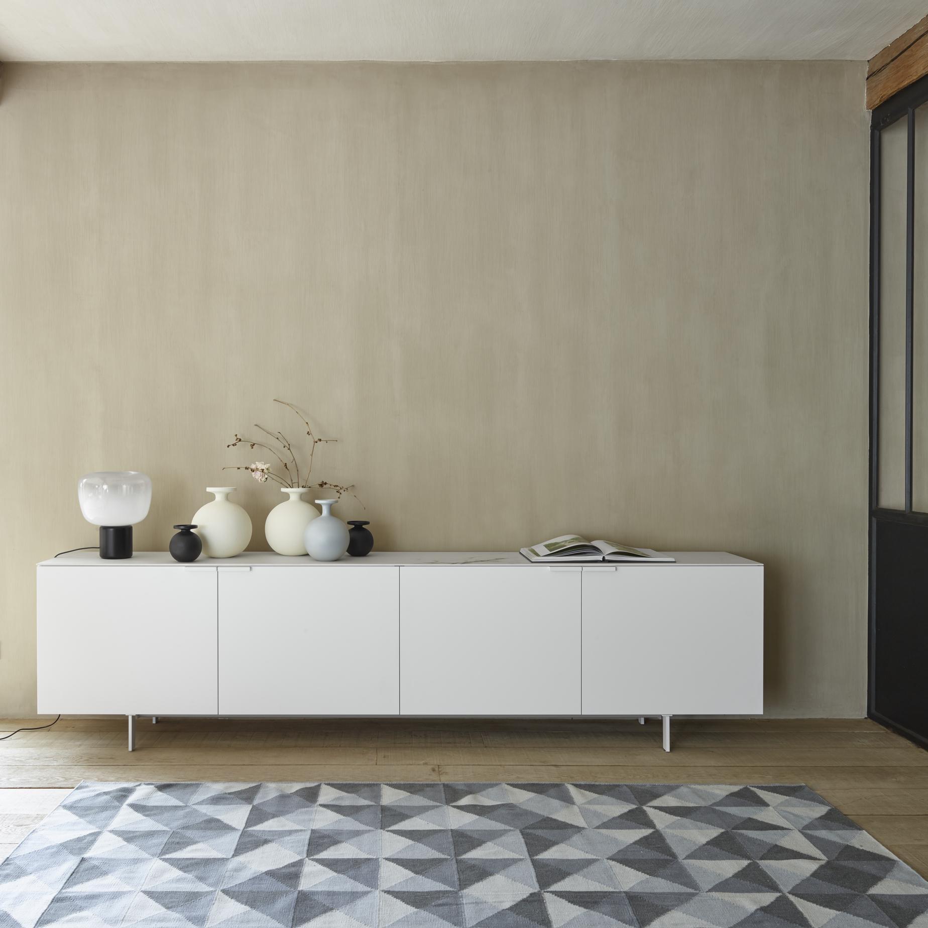 everywhere sideboards designer christian werner ligne. Black Bedroom Furniture Sets. Home Design Ideas