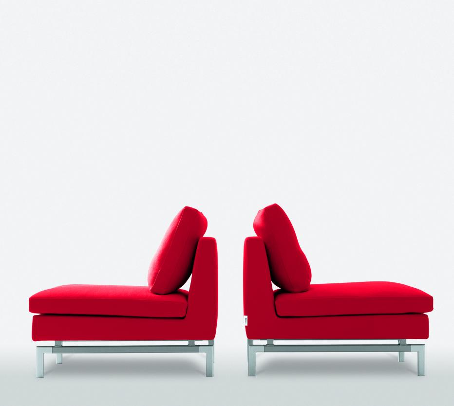 stricto sensu armchairs designer didier gomez ligne roset. Black Bedroom Furniture Sets. Home Design Ideas