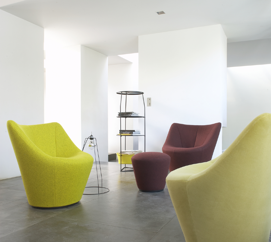 anda armchairs designer pierre paulin ligne roset. Black Bedroom Furniture Sets. Home Design Ideas